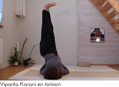 Viparita Karani en torsion